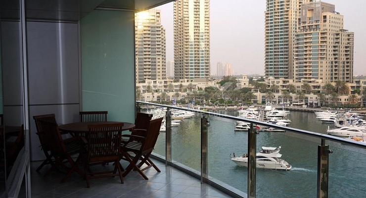 Large Furnished 1bed with Marina View and Terrace - imexre.com
