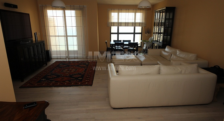 Lovely Furnished 3BR Apartment on High Floor! - imexre.com